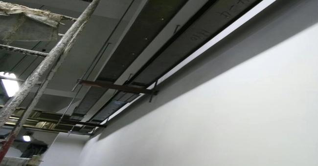 母线地下室安装现场